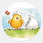 Pascua feliz personaliza con el nombre - polluelo pegatina redonda