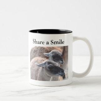 Pase una sonrisa taza de dos tonos