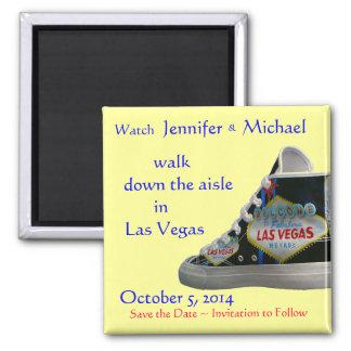 Paseo abajo del pasillo:  Bodas de Las Vegas Imán Cuadrado