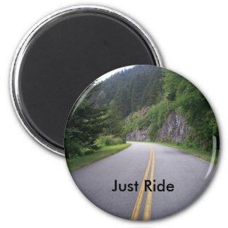 Paseo azul 8 de la motocicleta de Ridge Imanes De Nevera