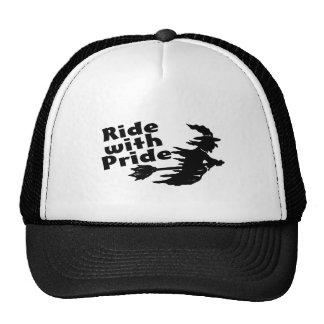 Paseo con la bruja del orgullo gorra