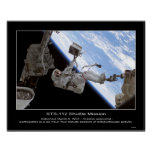 Paseo de David A. Wolf STS-112 Space del astronaut Poster