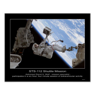Paseo de David A Wolf STS-112 Space del astronaut Poster