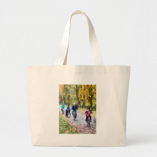 Paseo de la bici de la familia bolsa tela grande