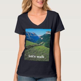 Paseo de la montaña cerca de Lauterbrunnen Polera