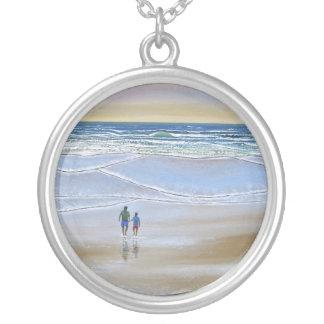 Paseo de la playa del ~ del collar