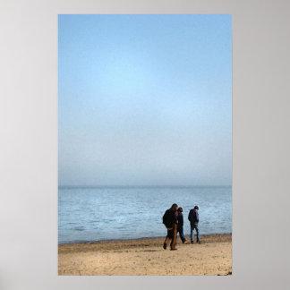 Paseo de la playa póster