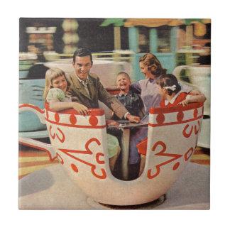 paseo de la taza de té en el parque de atracciones azulejo cuadrado pequeño