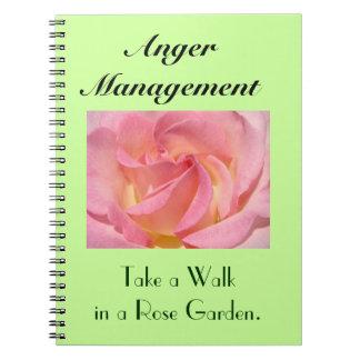 Paseo de la toma del cuaderno de la gestión de la