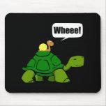 Paseo de la tortuga del caracol mousepads