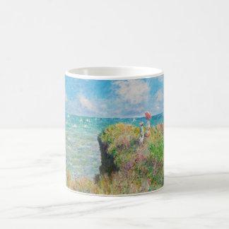 Paseo del acantilado de Monet en la taza de Pourvi