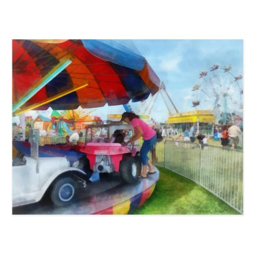 Paseo del coche en la feria tarjetas postales