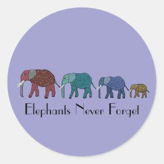 Paseo del elefante africano pegatina redonda