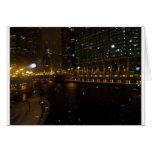 Paseo del río Chicago a lo largo de la avenida de  Tarjeta