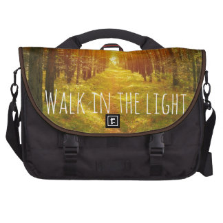 Paseo inspirado en el verso ligero de la biblia bolsas para ordenador