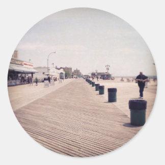 Paseo marítimo de Coney Island Etiqueta Redonda