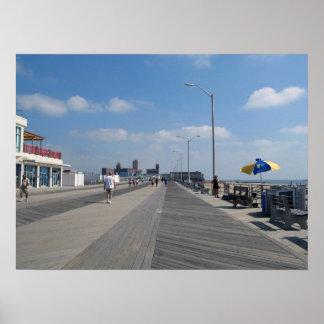 Paseo marítimo y tiendas del parque NJ de Asbury Póster