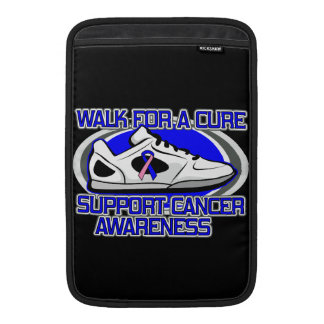 Paseo masculino del cáncer de pecho para una fundas para macbook air