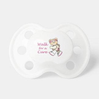 Paseo para una curación chupetes para bebes