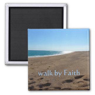 Paseo por el imán de la fe