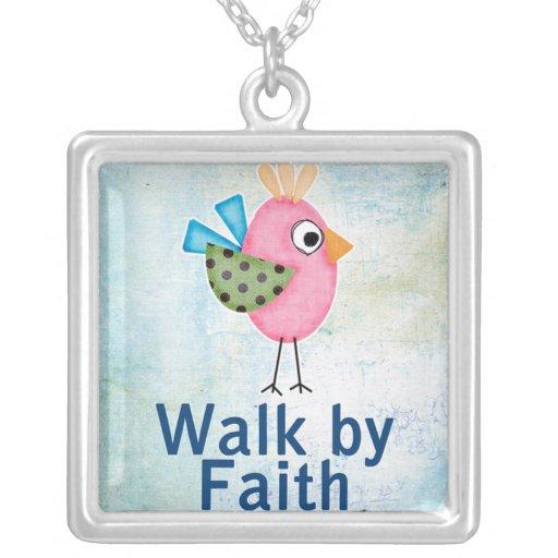 paseo por el pájaro caprichoso de la fe collares personalizados
