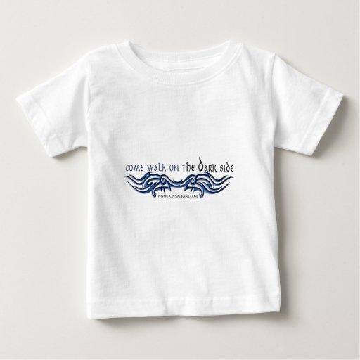 Paseo venido en la cara OSCURA (2) T-shirts