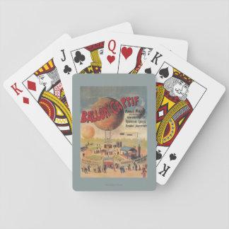 Paseos del globo prisionero en un poster de la baraja de cartas