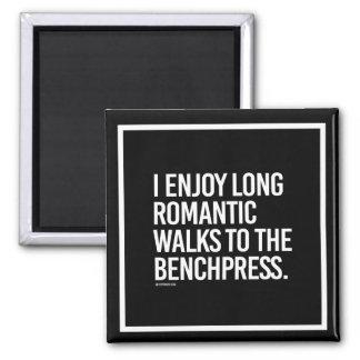 Paseos románticos largos a los benchpress --    imán cuadrado