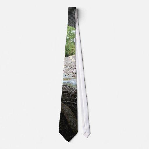 Pasillo de la fauna corbata personalizada
