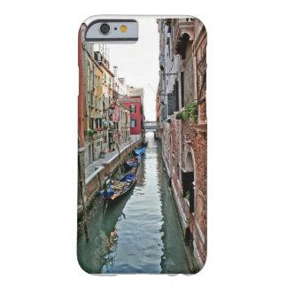 Pasillo de Venecia Funda De iPhone 6 Barely There