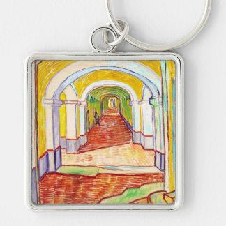 Pasillo en el hospital Vincent van Gogh de San Llavero Cuadrado Plateado