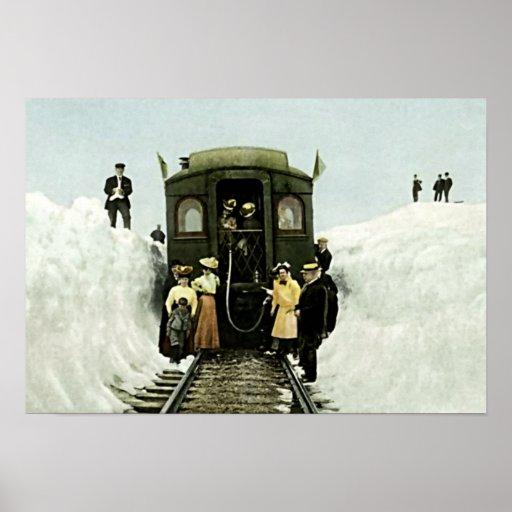 Paso de Rollins, tren de Colorado en nieve profund Póster