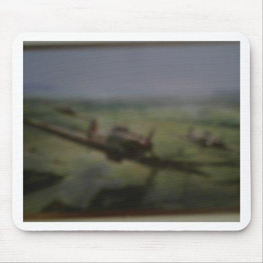 paso elevado del bombardero de Lancaster Alfombrillas De Raton