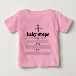 pasos de bebé playera de bebé