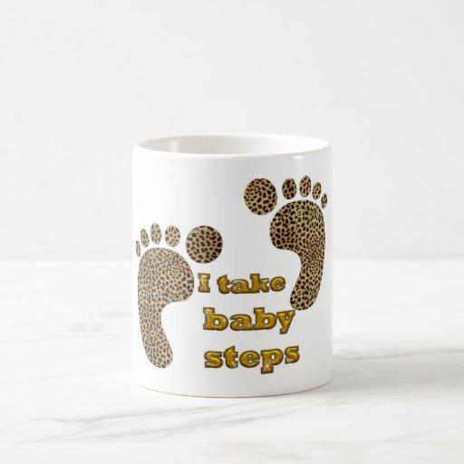 pasos de bebé tazas de café