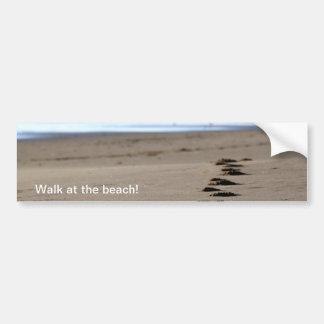 Pasos de la playa pegatina de parachoque