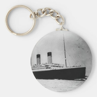Passenger Liner Steamship RMS Titanic Basic Round Button Keychain