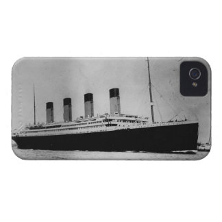 Passenger Liner Steamship RMS Titanic iPhone 4 Case
