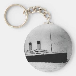 Passenger Liner Steamship RMS Titanic Keychain