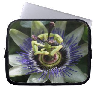 Passiflora - Fleur de la Passion Laptop Sleeve