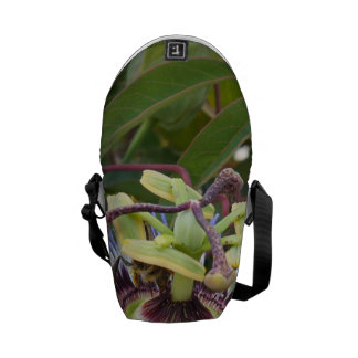 Passiflora Courier Bag