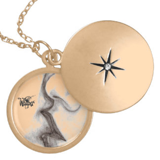 Passionate Kiss Necklace (Gold)
