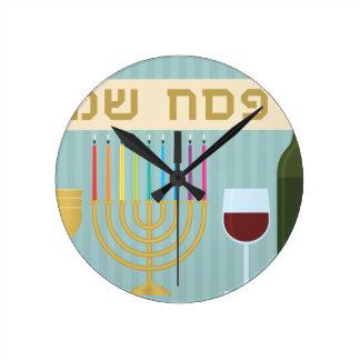 passover round clock