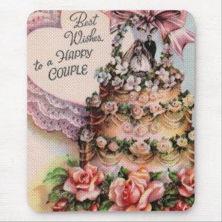 Pastel de bodas feliz de los pares tapete de raton