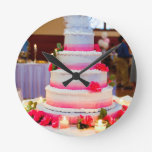 Pastel de bodas hermoso relojes