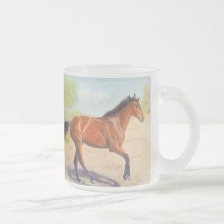 Pastel de caoba del caballo de bahía taza cristal mate