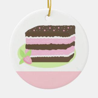 Pastel de capas del rosa y del chocolate adorno redondo de cerámica