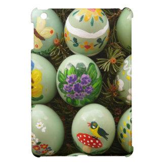 Pastel Green Painted Eggs iPad Mini Cover