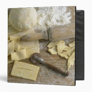 """Pasteles para los bugnes para el uso en los E.E.U. Carpeta 1 1/2"""""""
