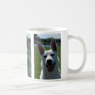 Pastor alemán blanco tazas de café